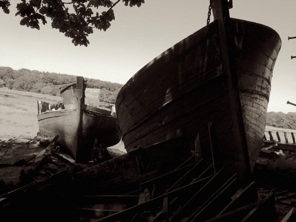 Le cimetière de bateaux du Bono en Morbihan