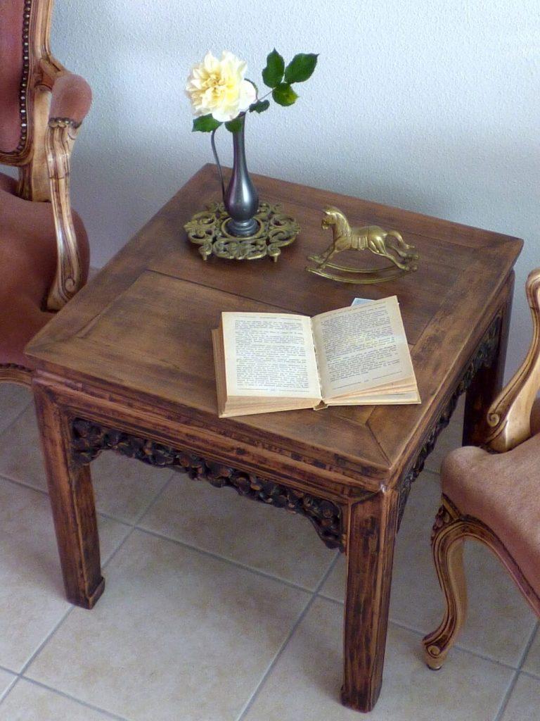 AG Décoration – Table basse en bois, sculptée / Bout de canapé - Esprit Asie - 2017