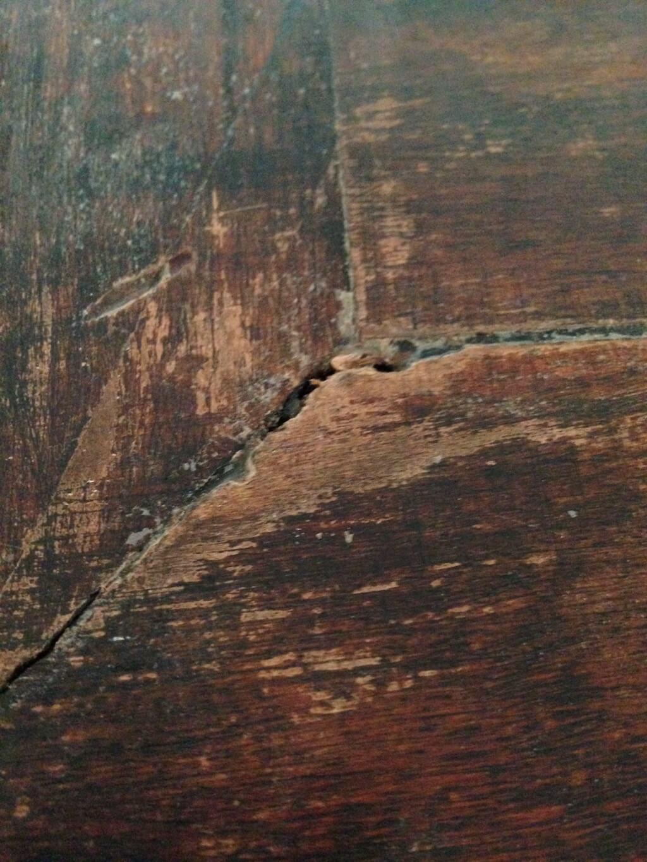 AG Décoration – Table basse en bois, sculptée - Esprit Asie - Plateau à l'état brut, avec crevasses - 2007